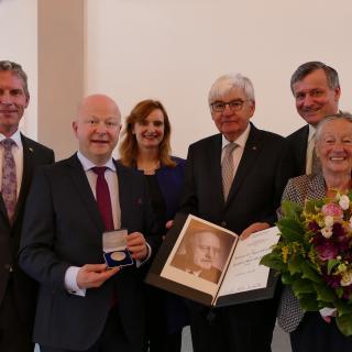 Reinhold-Maier-Medaille für Jürgen Morlok